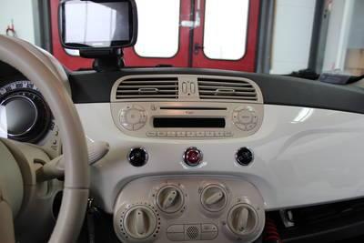 2016 Fiat 500 Abarth >> Radioblende FIAT 500 / 500C schwarz 2DIN | Fiat | Radioblenden | Zubehör | ARS24.com