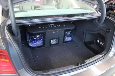 3er Bmw F10 Bekommt Richtig Bass Aus Dem Kofferraum