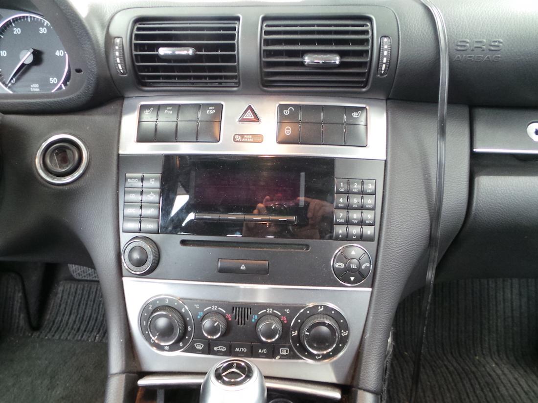 Autoradio einbau mercedes benz c klasse ars24 onlineshop for Mercedes benz w203 radio