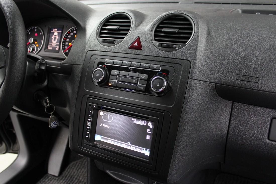 autoradio einbau volkswagen caddy ars24 onlineshop. Black Bedroom Furniture Sets. Home Design Ideas