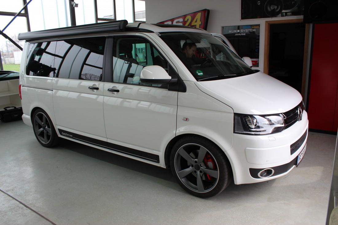 Autoradio-Einbau Volkswagen T5 | ARS24 | Onlineshop