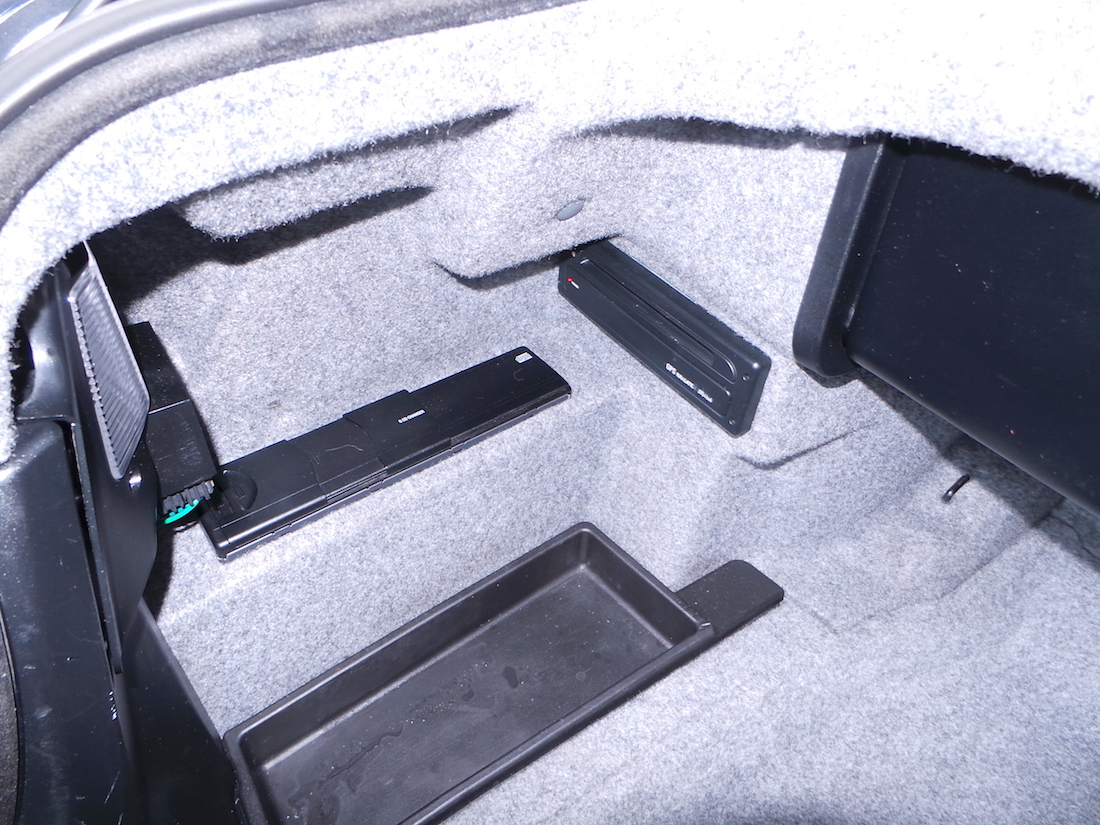 radioblende 2 din umbausatz f r bmw 3er e46 bmw. Black Bedroom Furniture Sets. Home Design Ideas
